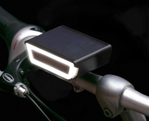 black front Rydon bicycle light solar dutch design